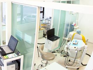インプラント専用の手術室があるか